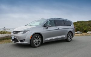 Video Review: 2017 Chrysler Pacifica